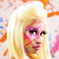 "Nicki Minaj a její ""STARSHIP"""