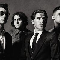 Arctic Monkeys na Szigetu 2018! Festival zveřejňuje dalšího headlinera!