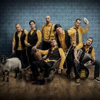 Fanoušky Rock for People na jaře hned čtyřikrát zahřeje bosenská rytmická úderka Dubioza Kolektiv
