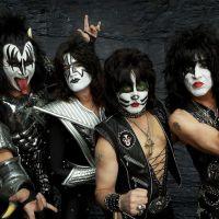 Legendární a nesmrtelní Kiss se opět ukáží v Česku!