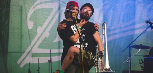 The Miženko Brothers poščipala punková Murena
