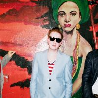 Two Door Cinema Club vydali své druhé album s názvem Beacon a v únoru dorazí do Prahy