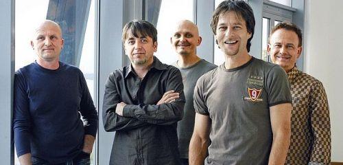 Kapela TEAM poctí památku bubeníka vystoupením na Benátské!