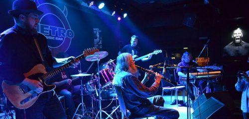 The Plastic People of the Universe natočili kultovní album Co znamená vésti koně s Filharmonií Brno. Nyní vychází na CD i DVD...